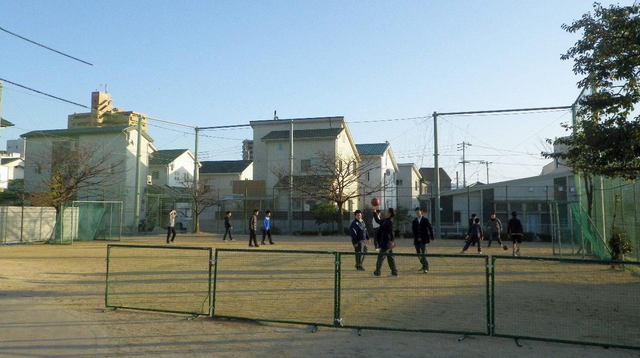 キャッチボールのできる 公園づくり 写真